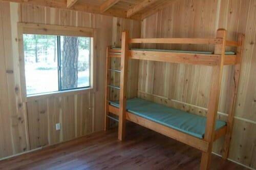 cabin_inside_1